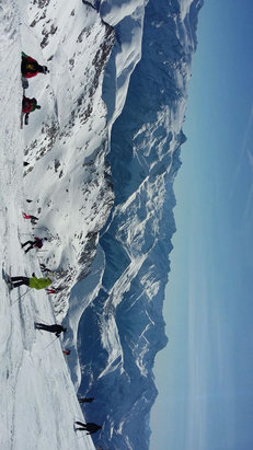 Alpe d'Huez - Firsthand Ski Report - ©AB's iPhone