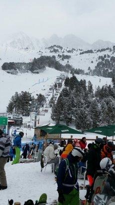 Grandvalira - La neige tombée dans la nuit de samedi à dimanche a fait du bien, les conditions étaient bien meilleures pour skier ! - ©paulmarenco82