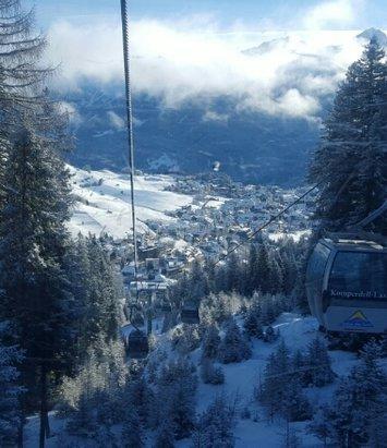 Serfaus Fiss Ladis - Beste Bedingungen am Berg auf den Pisten .  Über Nacht Neuschnee und jetzt wird es kalt. So bleibt es auch im Tal weiß... - ©jochensix