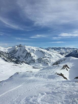 Baqueira - Beret - Beatiful last day at Baquiera! Cracking snow park  - ©Nick