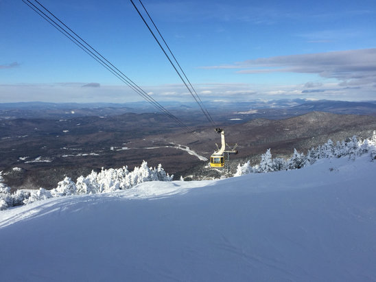 Cannon Mountain - Great day. Mother Nature and the snowmakers have been working hard this week. Good snow all over. Tramway and Bypass were my favorites today for snow quality, holding onto nice skier-packed snow all day. - ©sendwaves