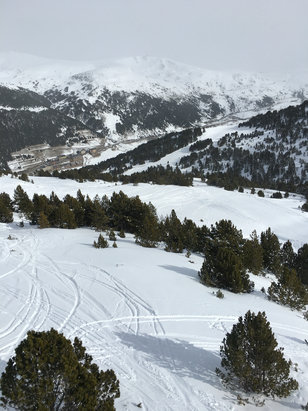 Grandvalira - Fresh runs  - ©Kylie's iPhone