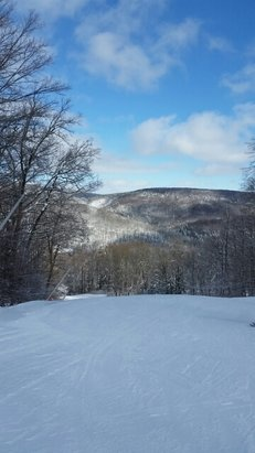 Swain - BEST SKI DAY EVER!!! conditions are picture perfect •packed powder •sunny skies •groomers & galdes - ©ashleymsullivan27