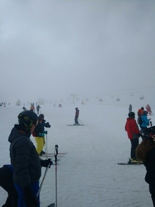 Morzine - top of pleny brightening up. some clound but sun trying to break through.    - ©anonymous user