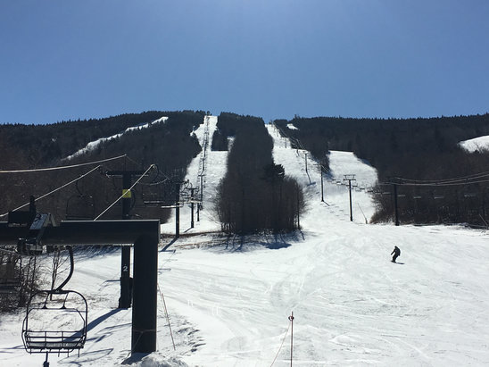 Mount Snow - Nothing like a blue bird day with fast snow and no crowds.  - ©jPhone