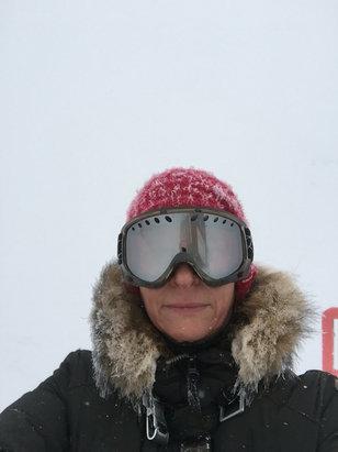 Baqueira - Beret - Beaucoup de neige aucune visibilité. Sportif  - ©iPhone de Stephanie