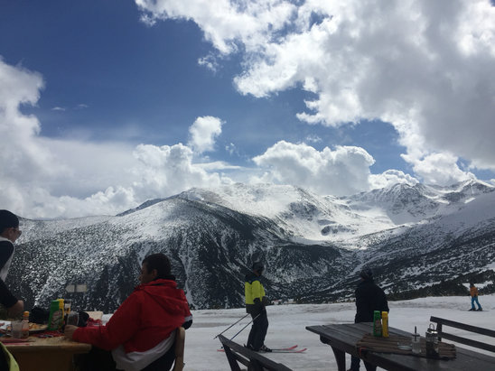 Borovets - Firsthand Ski Report - ©Kevin's Iphone