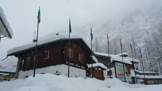 Macugnaga - Firsthand Ski Report - ©rwalsh2371