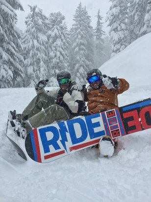 Sierra-at-Tahoe - Epic powder day  - ©JBonjour