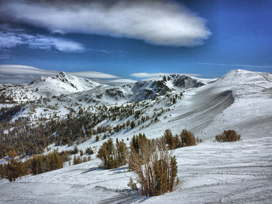 Kirkwood - Awesome Blue Bird day. Lots of snow and no lines.  - ©iPhone 5s
