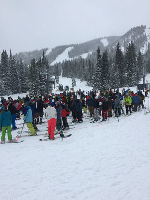Winter Park Resort - Snow awesome! Crowd OFF THE HOOK! - ©Kevs phone