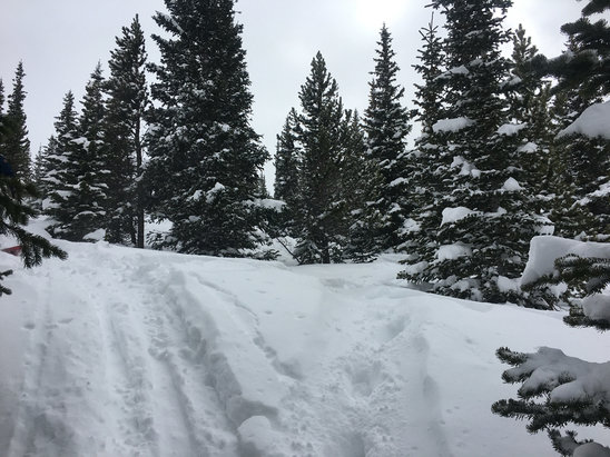 Breckenridge - Deep powder everywhere!!! - ©iPhone