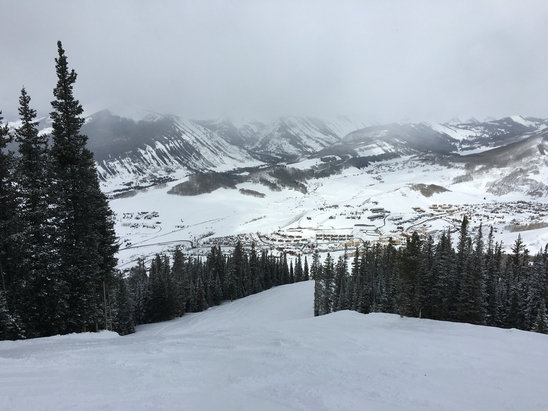 Crested Butte Mountain Resort - 3-4 inches of fresh powder in this AM covering some icy spots , no spring slush! Overall great conditions thorough the mountain. The Snow continued sporadically throughout the day and more expected through Saturday! ❄️  - ©Christopher Odato's iPho
