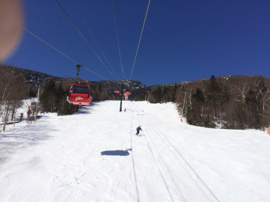 Stowe Mountain Resort - Bluebird beauty! Corn turned to mashed potatoes by 1 but still fun & sunny.  - ©hammertime