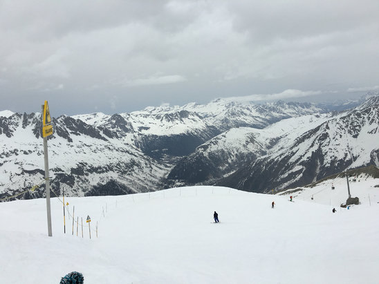 Chamonix Mont-Blanc - Firsthand Ski Report - ©rafal's iPhone