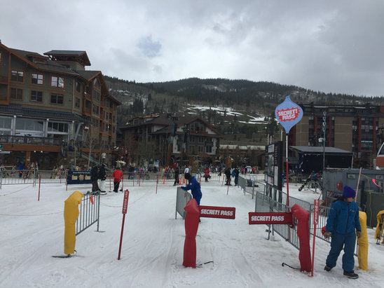 Copper Mountain Resort - Firsthand Ski Report - ©Zbigniew's iPhone 6