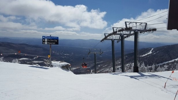 Stowe Mountain Resort - Another glorious day at Stowe. Ski it before it goes. - ©jackmeoff