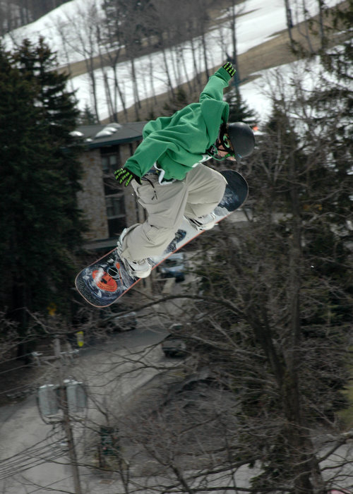 Snowboarder at Seven Springs PA