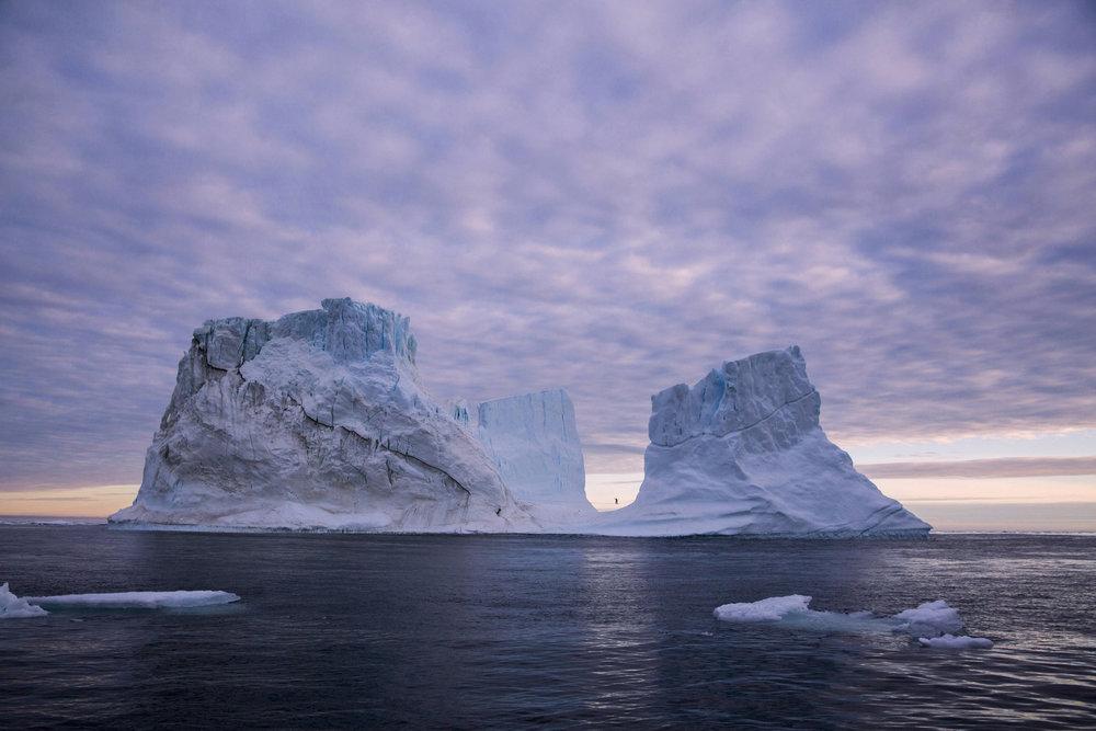 Wilde Slackline in Grönland - ©Red Bull Illume | Federico Modica