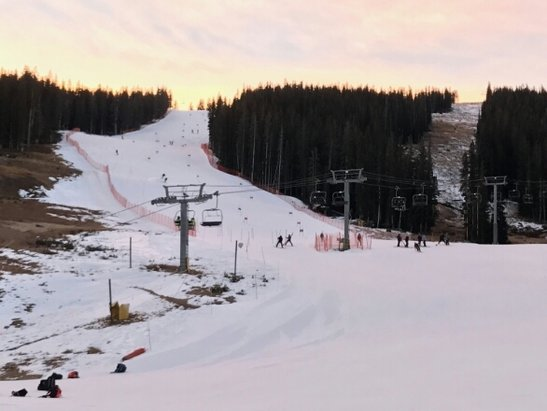 Copper Mountain Resort - Early season training with Amateurs running gates next to National Teams....   Don't forget to visit the FUXI race shop! - ©gendashwhy