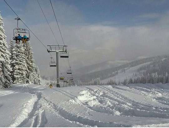 Vail - Looking pretty good here in Vail opened two more lifts today and now have over 1000 acres on our great mountain open - ©vailmtn