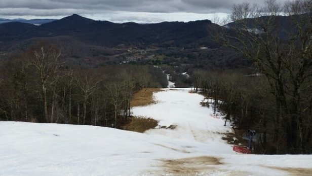 Sugar Mountain Resort - From 01/02/2017. Struggling big time after 50's and RAIN for days. But hey, they're still open! No lines, fun day. - ©anonymous