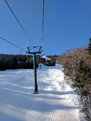 Sugarbush - Skiid the bush today, Tues 1/17, stick to groomed trails at they are the best available and no ice but the ungroomed trails fluctuate from total ice to very little. Bluebird day and no wind definitely made a big difference. - ©Dan S
