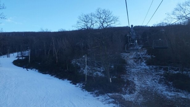 Camelback Mountain Resort - No lines. snow cone like slushy conditions  - ©johnnyctyper