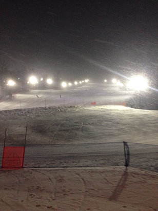 Blue Mountain - Great snow conditions last night Jan 31st.   - ©Fred's iPhone