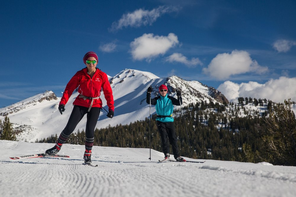 Access to trails for cross-country skiing is literally just outside the front door of the Mammoth Lakes Welcome Center. - ©Mammoth Lakes Tourism
