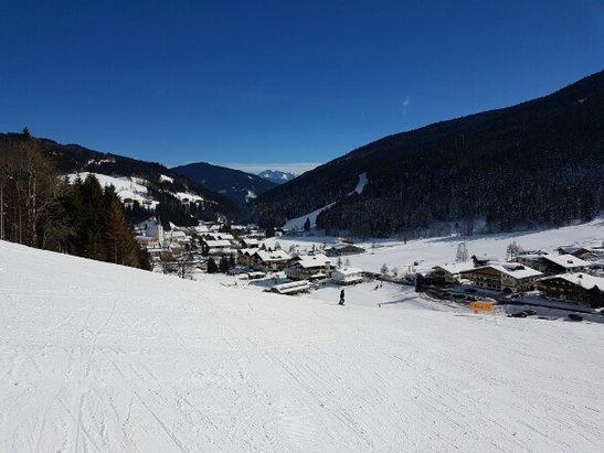 Filzmoos Neuberg - Filzmoos-sehr Familienfreundliches Skigebiet mit gut präparierten Pisten - ©Ramona Laux