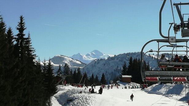 Morzine - belle vue sur le mont blanc. - ©guigui