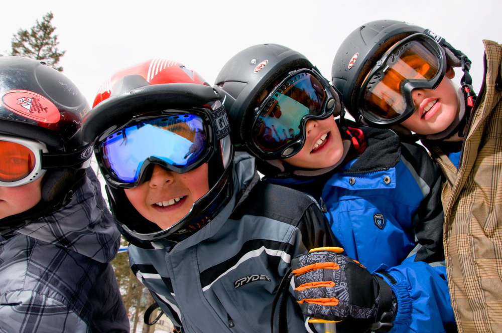 Snowboard kids at Taos. Photo by Thatcher Dorn.