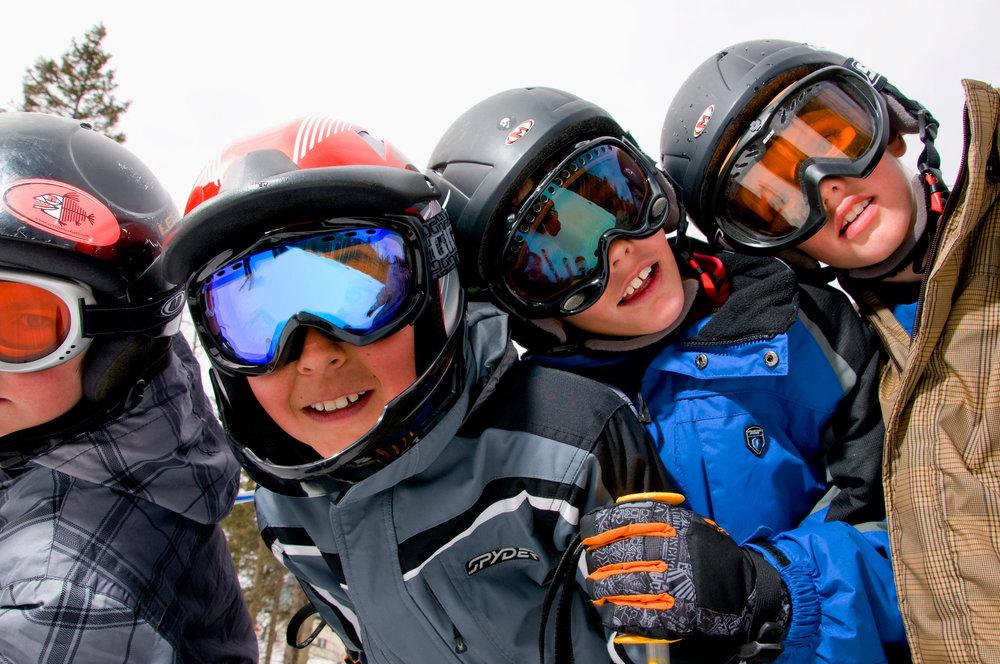 Snowboard kids at Taos. Photo by Thatcher Dorn.