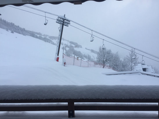 Valmorel - Snowing for two days. Lifts closed Monday but hopefully open today as the wind is light.  - ©Tim's iphone