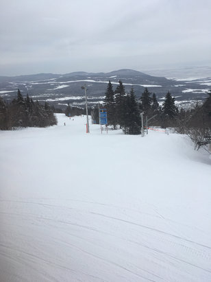 Mont Sainte Anne - No lift lines and mostly everything open!  Conditions hard pack with spots of ice! - ©Joe's iPhone 6
