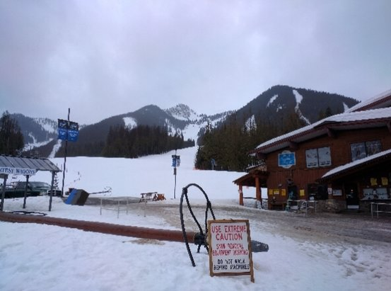 Fernie Alpine - Raining hard pretty much all over the mountain. Slushy, spring time conditions.  - ©anonymous
