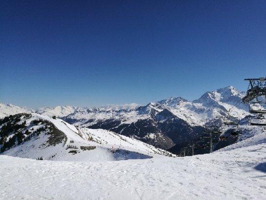 La Plagne - Un temps incroyable, bonne neige et grand soleil. - ©anonyme