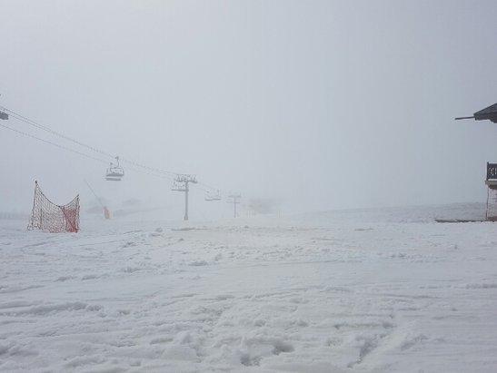 Les Saisies - difficile de prendre de la vitesse et une visibilité variable entre brouillard et soleil. - ©tom 56