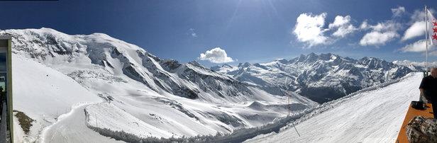Saas-Grund - Top Pistenbedingungen - ©iPhone von bigbeachhi