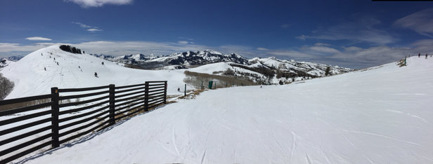 Park City - Nice day at Park City, Utah        - ©Edgar Varela's iPhone