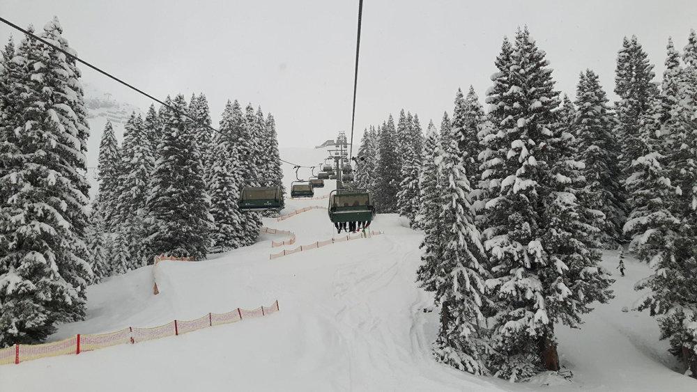 Lech Zürs meldet den Rückkehr des Winters - ©Facebook Lech Zürs