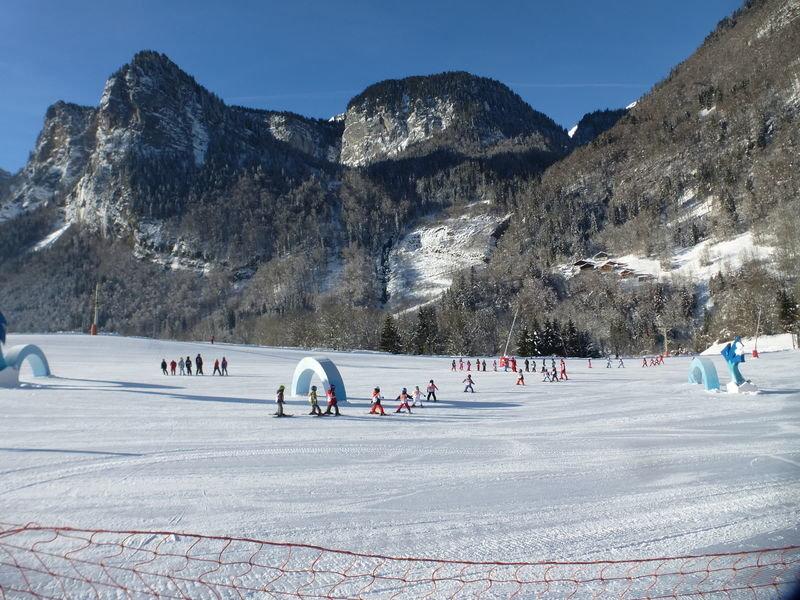 La Zhin zho'ne de Sixt Fer à Cheval : un espace dédié à l'apprentissage du ski en toute sérénité - ©Office de tourisme de Sixt Fer à Cheval