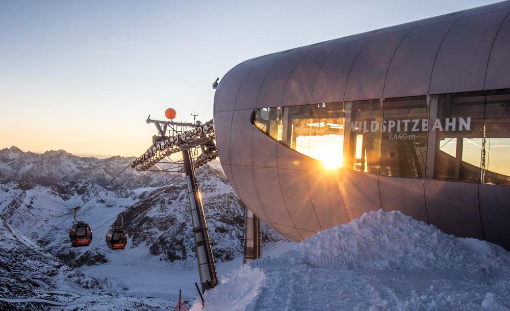 - ©Pitztaler Gletscherbahn GmbH&CoKG