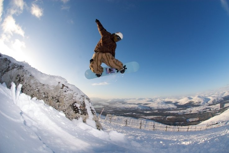 Freestyle boarder at Nevis Range