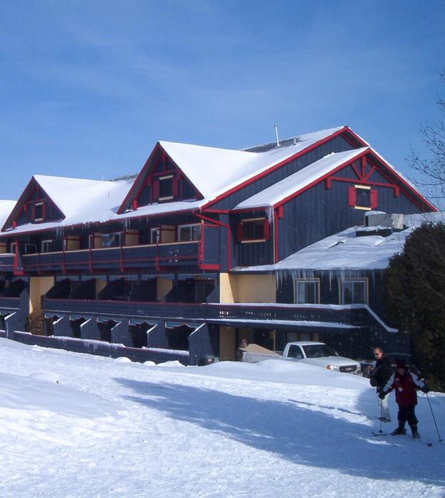 Base lodge at Talisman Mountain Resort, Ontario, Canada.