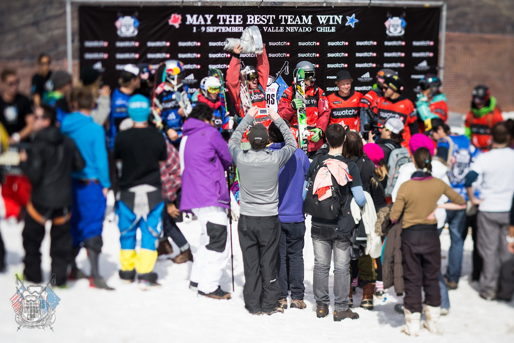 Team Americas celebrating their victory - ©Swatch Skiers Cup