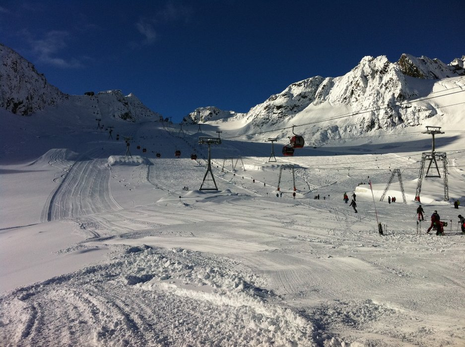60 cm new snow on the Stubaier glacier