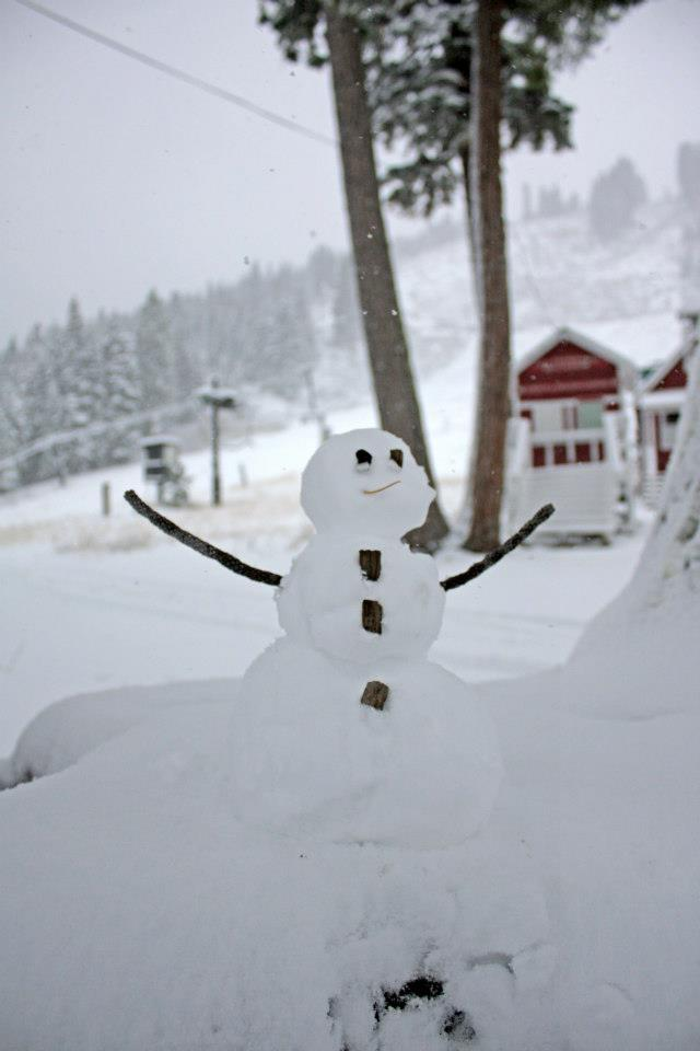 A snowman at Homewood. Photo: Homewood Mountain Resort/Facebook
