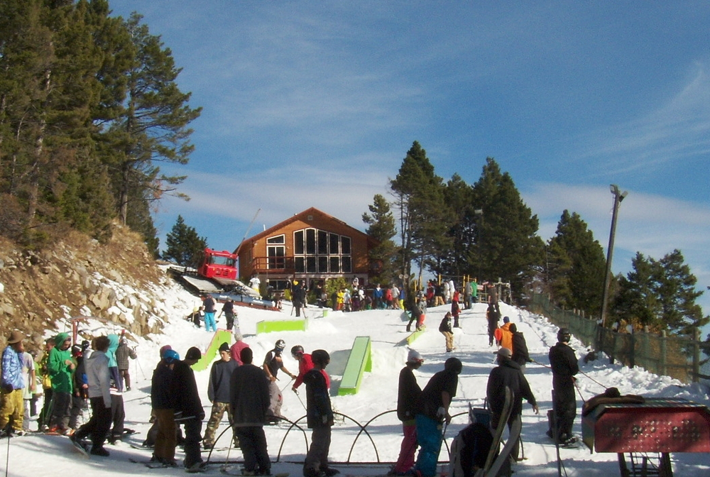 Great Divide's October PocketPark attracts early season riders. Photo courtesy of Great Divide Ski Area.